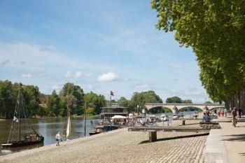 Ouverture-Quais-de-Loire-┬®Ch.-Mouton-1024x683-1