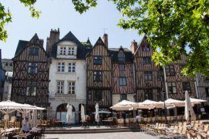 Tours-Place-Plumereau-┬®Ana├»s-Dutour